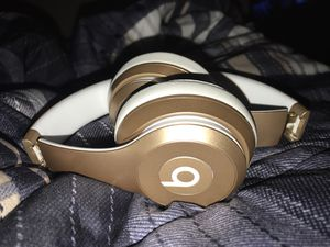 Beats wireless basically new for Sale in Lexington, KY