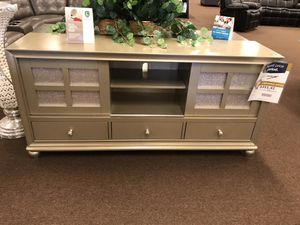 Tv stand for Sale in Victoria, TX