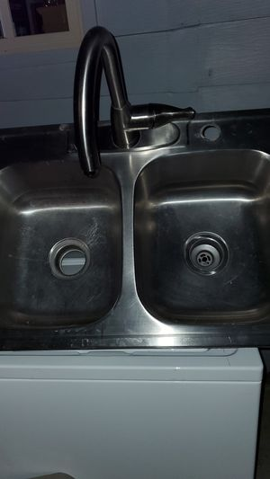 Kitchen sink for Sale in Las Vegas, NV