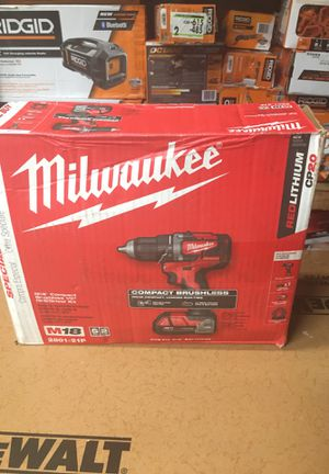 Milwaukee M18 18-Volt Lithium-Ion Brushless Cordless 1/2 in. Compact Drill/Driver with (1) 2.0 Ah Battery, Charger and Tool Bag for Sale in Fontana, CA