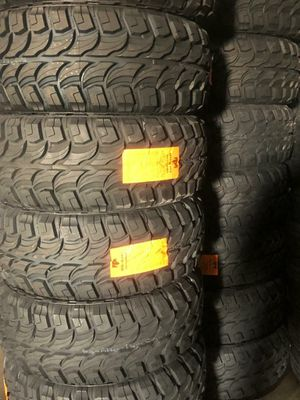 35 1250 20 MONKEY WHEELS AND TIRES for Sale in Phoenix, AZ