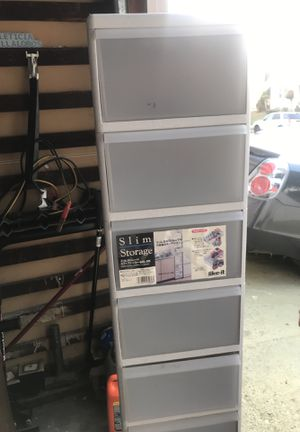 8 Drawer Plastic Slim Storage $25 for Sale in Los Angeles, CA