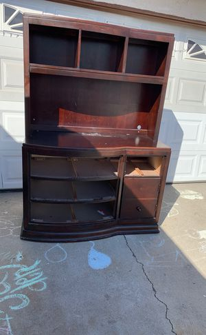 Free dresser with drawers for Sale in Rowland Heights, CA