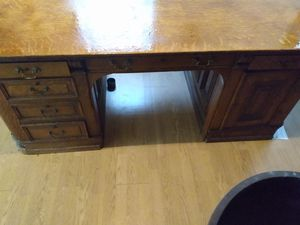 This is called a partner's desk or a lawyer's desk the 1920s asking $500 for Sale in Swansea, IL