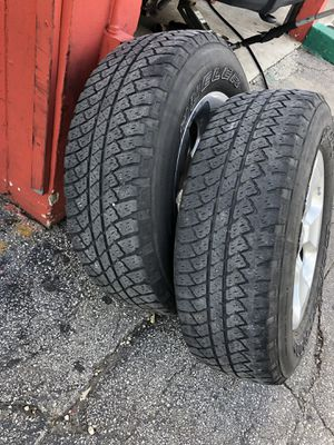 Jeep Wrangler wheels for Sale in Hialeah, FL