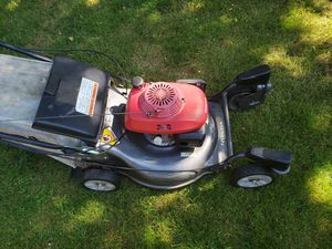 Honda harmony hrz216 lawn mower for Sale in Vancouver, WA