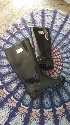 Nicole Miller Rain Boots women's 6 $5 for Sale in Northglenn, CO