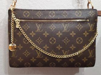Authentic Louis Vuitton Monogram Enghien Crossbody Shoulder Bag for Sale in Los Angeles,  CA