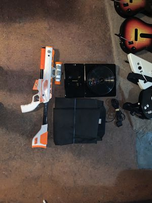 Guitar Hero Guitars, DDR PADS, DJ Turntable, Guns For Xbox/PS2/Xbox360 for Sale in Mountlake Terrace, WA