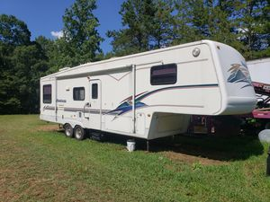 1999 Montana 5th wheel camper for Sale in Lake Park, NC