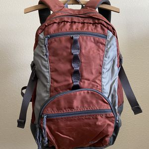 Cabelas Hiking Day Pack for Sale in Oklahoma City, OK