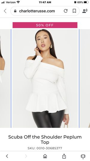 White Blouse, shoulder off like new for Sale in Los Angeles, CA