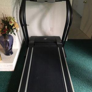 Treadmill NordicTrack C900 for Sale in Seattle, WA