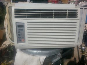 Gold Star window mount air conditioner for Sale in Denver, CO