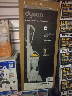 Dyson vacuum dc33 for Sale in Detroit, MI