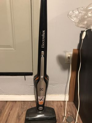 Vacuum for Sale in Los Angeles, CA