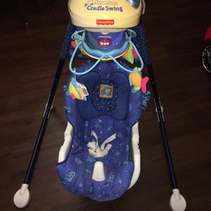 baby Electric Swing for Sale in Minneapolis, MN