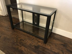 3 tier tv stand for Sale in Tacoma, WA