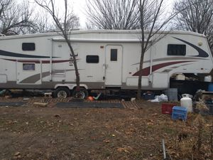 5th wheel camper for Sale in Rogers, AR