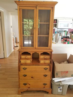 Secretary Desk and hutch for Sale in Irvine, CA