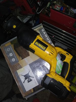 Dewalt cordless sawzall dw785 for Sale in Teays Valley, WV
