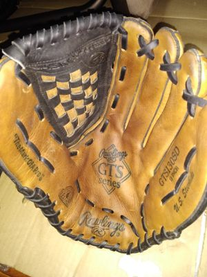 Baseball glove (13 inches) for Sale in Gardena, CA