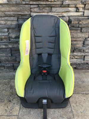 PRACTICALLY NEW EVENFLO CONVERTIBLE CAR SEAT!!! for Sale in Bloomington, CA