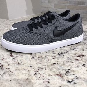 🆕 BRAND NEW Nike SB Check Shoes for Sale in Dallas, TX