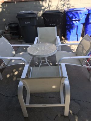 Patio table for sale for Sale in South Gate, CA