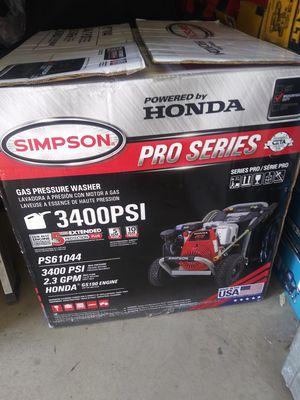 Honda pressure washer 3400psi nueva gas for Sale in Moreno Valley, CA