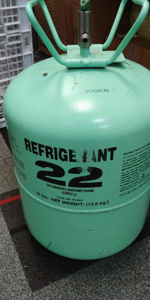 R22 Freon refrigerant A/C recharge for Sale in South Farmingdale, NY