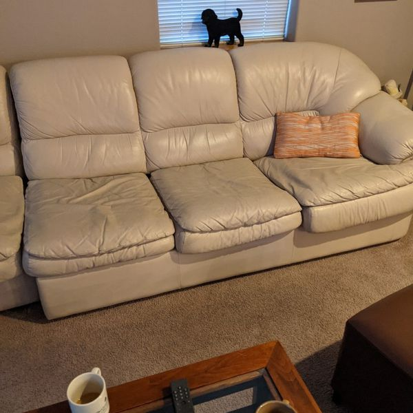 Couch / Sectional