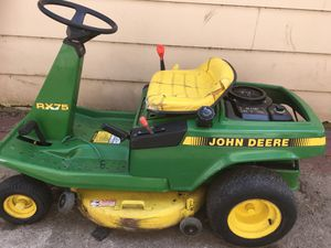 JOHN DEERE TRACTOR for Sale in Calumet City, IL