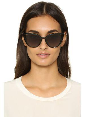 FENDI cat eye sunglasses for Sale in Fairfax, VA