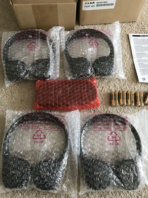 GMC WIRELESS HEADPHONES AND REMOTE AUDIO KIT NEW IN BOX Bluray rear Seat Video Entertainment system Chevy DVD Chevrolet Suburban Yukon for Sale in Alexandria, VA