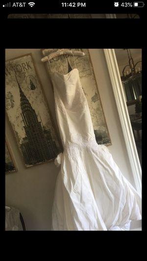 Italian silk Justina Mccaffrey wedding dress for Sale in Yorba Linda, CA