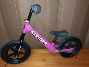 Pink strider balance bike for Sale in Vancouver, WA