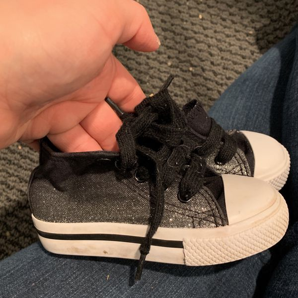Toddler tennis shoes size 4