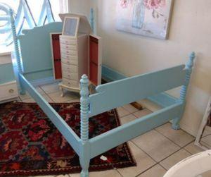 Vintage full size bed for Sale in Phoenix, AZ