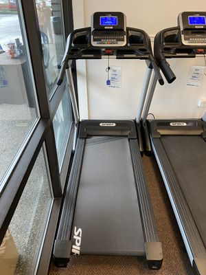 SPIRIT XT185 Treadmill brand new. Folds up. for Sale in Lynnwood, WA
