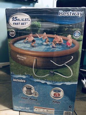 "Bestway pool 15ft x 33"" included filter pump for Sale in Perris, CA"