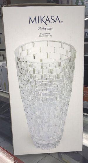 """Crystal Vase Florero Jarrón de cristal Mikasa Palazzo 12"""" for Sale in Miami, FL"""