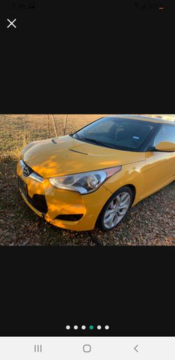 Parting Out 2013 Hyundai veloster for Sale in San Antonio,  TX