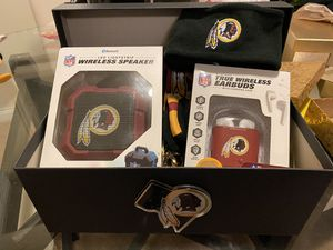 Redskins gift box for Sale in Greater Upper Marlboro, MD