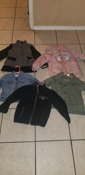 Clothing size 4-7 for Sale in La Puente, CA