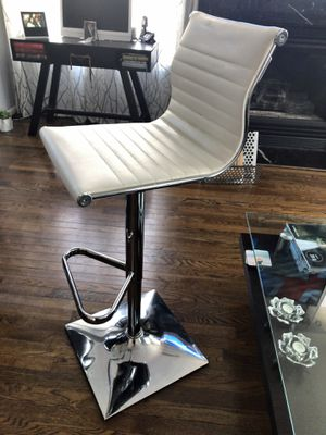 White Bar stools - 4 for Sale in Alexandria, VA