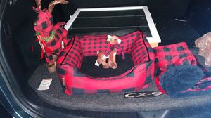 Small dog bed for xmas for Sale in Puyallup, WA