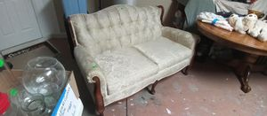 Loveseat - Victorian Style for Sale in Venice, FL