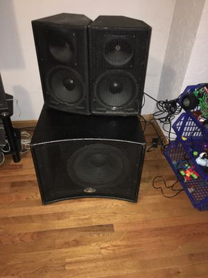 15 inches power Subwoofer 🔊 and 2 power Speakers for Sale in Boston, MA