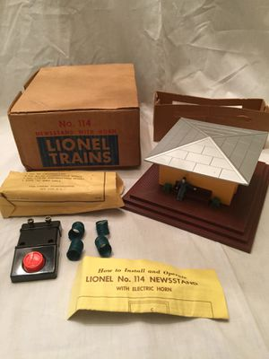 1950s Lionel Newsstand with Horn for Sale in Centreville, VA